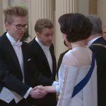 Dota2 2018年世界王者OGのJerAxとTopsonにフィンランド大統領から舞踏会に招待される